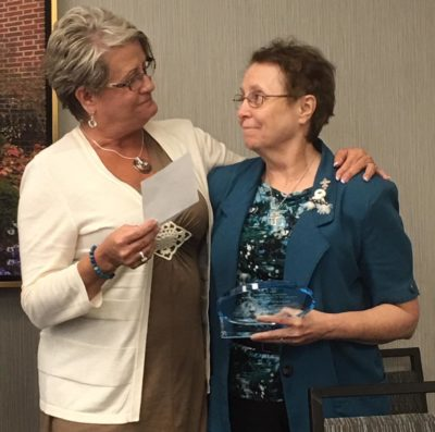 Sr. Suzette receives award from NOFAS